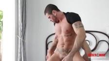 Vidéo gay d'une pure baise entre Mario et Antonio