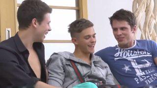 Video jeune gay dans un porno à 3
